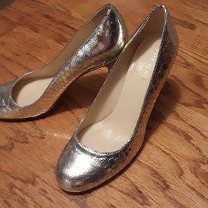 Kate Spade size 6B slightly worn shoes